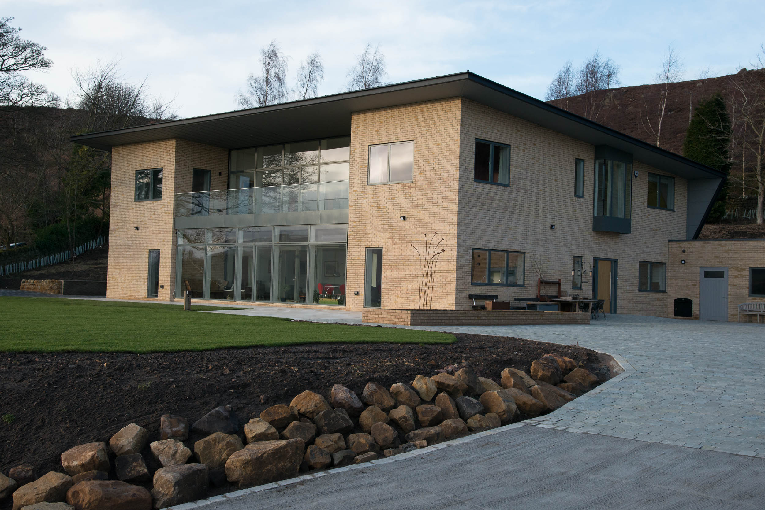 Two-storey VELFAC facade at Ecclestoun, a beautiful new-build home in Rothbury, Northumberland